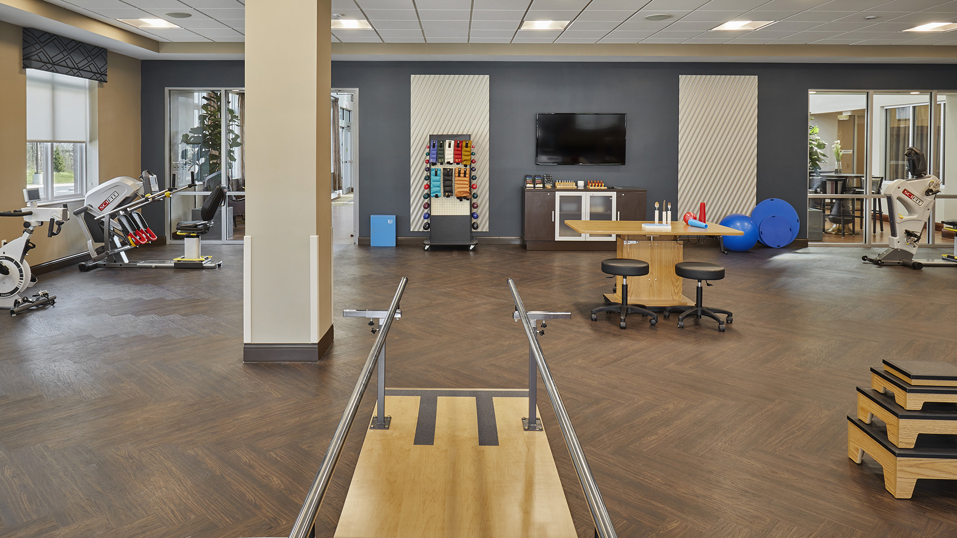 Within our physical therapy and occupational therapy gym our team works to inspire our patients to attain their goals and to reach their higher level of independence.